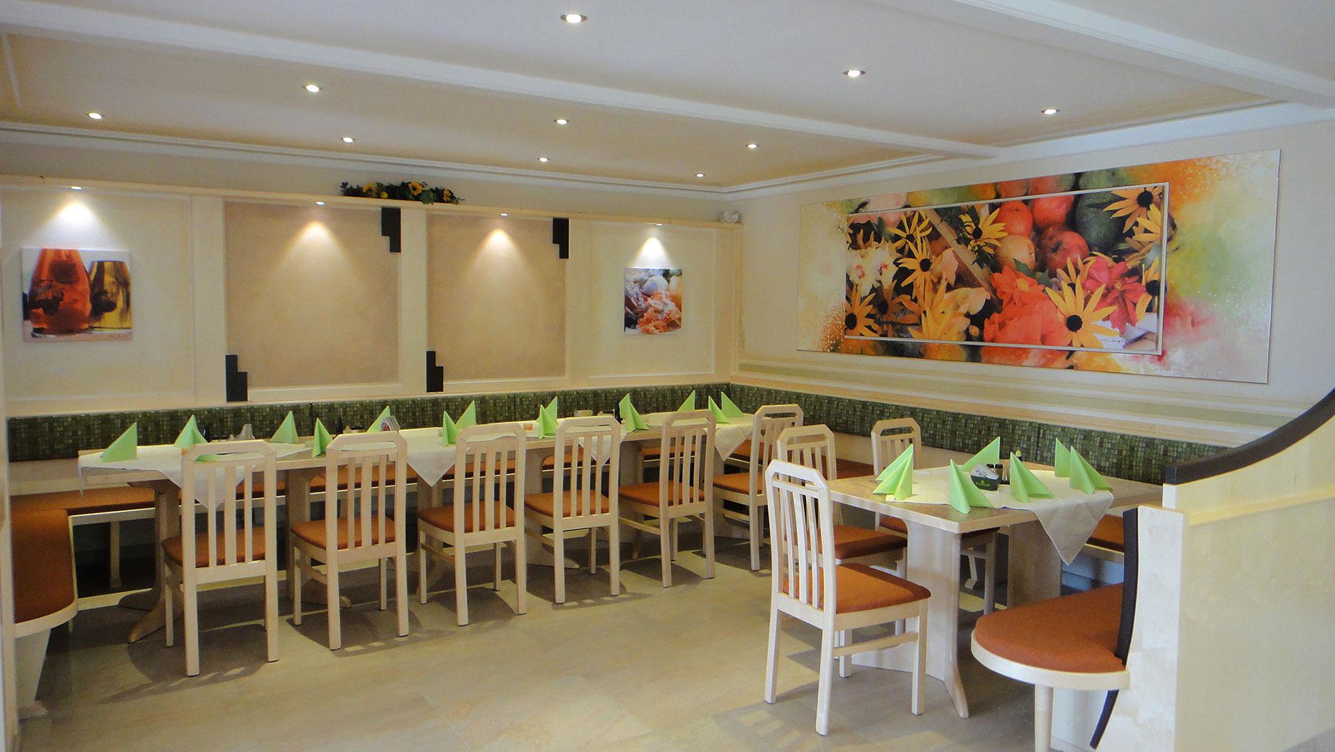 der gemütliche Speisesaal im Gasthof Sonnenhof